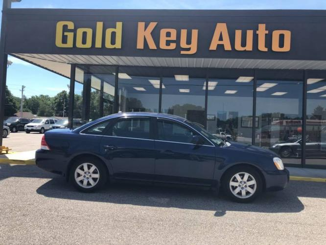 2007 Blue Mercury Montego Base (1MEHM40187G) with an 3.0L V6 DOHC 24V engine, 6-Speed Automatic Overdrive transmission, located at 1633 W Kimberly, Davenport, IA, 52806, (563) 323-5341, 41.559456, -90.598732 - Photo #0