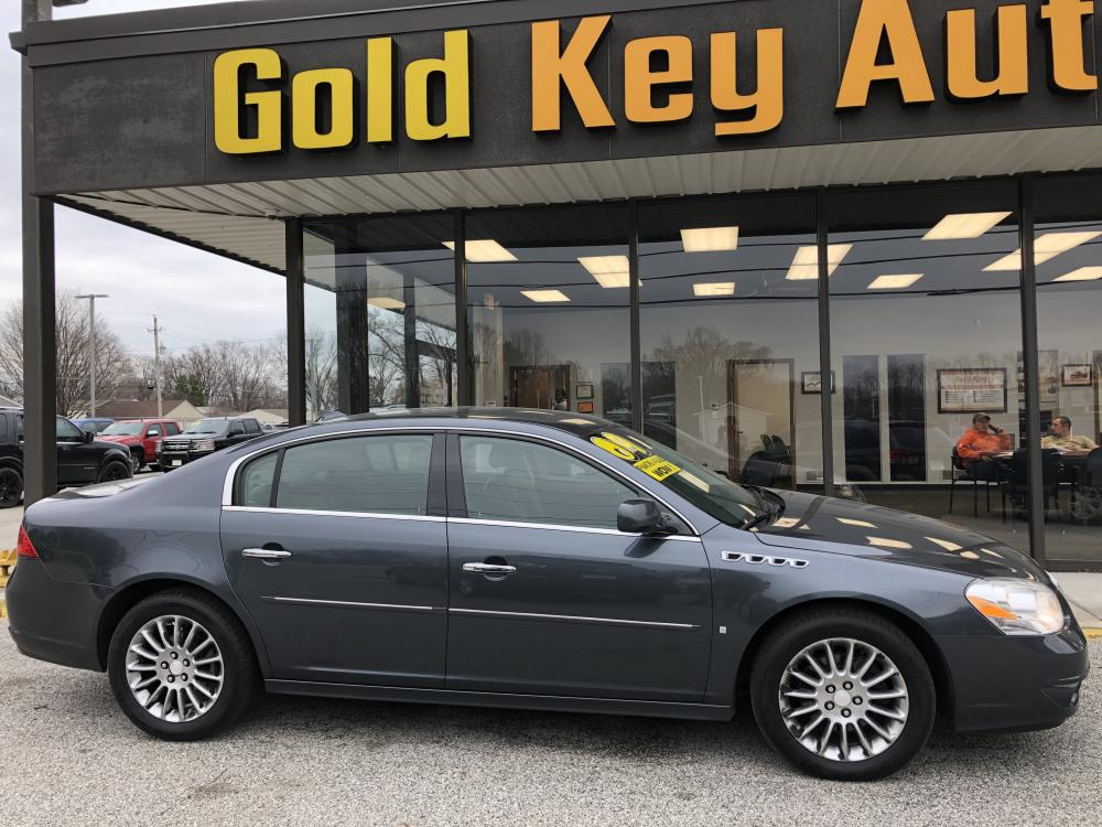 2009 Grey Buick Lucerne Super (1G4HF57909U) with an 4.6L V8 DOHC 32V engine, 4-Speed Automatic transmission, located at 1633 W Kimberly, Davenport, 52806, (563) 323-5341, 41.559456, -90.598732 - Photo #0