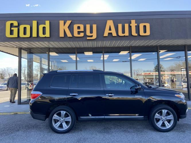 2012 Black Toyota Highlander Limited 4WD (5TDDK3EHXCS) with an 3.5L V6 DOHC 24V engine, 5-Speed Automatic transmission, located at 1633 W Kimberly, Davenport, IA, 52806, (563) 323-5341, 41.559456, -90.598732 - Photo #0