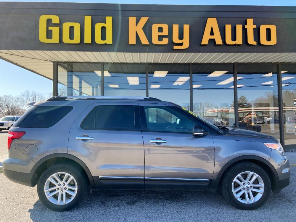 2014 Gray Ford Explorer XLT FWD (1FM5K7D86EG) with an 3.5L V6 DOHC 24V engine, 6-Speed Automatic transmission, located at 1633 W Kimberly, Davenport, 52806, (563) 323-5341, 41.559456, -90.598732 - Photo #0